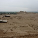 Area of Huaca del Sol and de la Luna with the city in between
