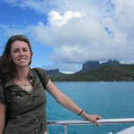 Free lagoon tour from the airport (situated on an island) to the city