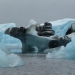Look at the lines and you can see, that these icebergs already toppled a few times